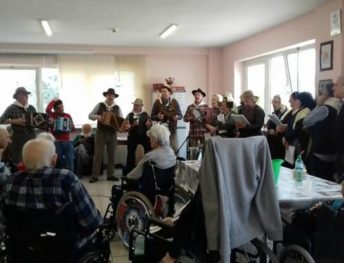 """Visita dei """"Rulli Rulli"""" al RSA di Santa Rufina"""